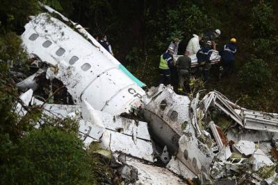 El momento en que el avión de Chapecoense desaparece del radar