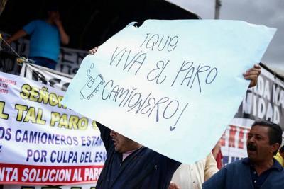 Por 'cartel de chatarrización' y paro, capturaron a 18 camioneros