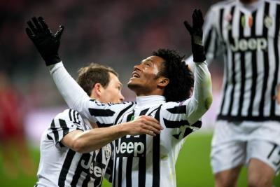 Vea el gol de cabeza que Cuadrado marcó con la Juventus