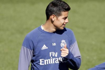 El asombroso golazo de James Rodríguez durante entrenamiento con el Real Madrid