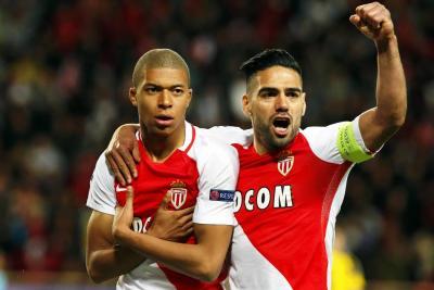 Falcao se proclamó campeón con el Mónaco tras el triunfo 2 a 0 a Saint-Etienne