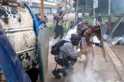 Al menos 48 heridos tras protesta de opositores en Venezuela