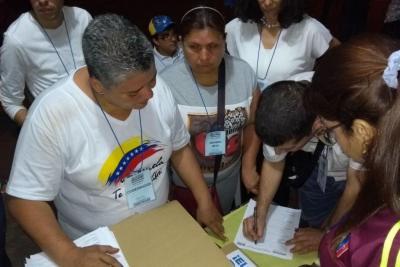 5.039 venezolanos en Bucaramanga votaron contra la constituyente de Nicolás Maduro