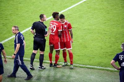 Posible lesión de James Rodríguez prende las alarmas en la Selección Colombia