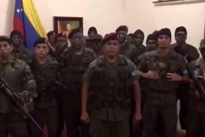 De acuerdo con Diosdado Cabello el grupo de militares fue controlado.
