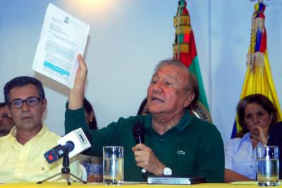 Alcalde suspendió firma del contrato millonario de basuras en El Carrasco