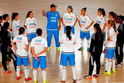 Entrenador de la selección Colombia de futsal femenina busca talento en Bucaramanga