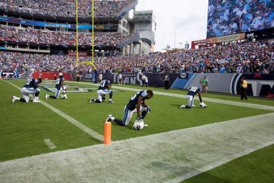 Trump insultó a jugadores de fútbol americano que protestaron por agresiones raciales
