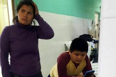 Niño que se tragó un silbato por accidente es viral en redes
