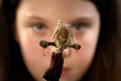 Antes de Annabelle y Chucky el mal habitó en 'La Muñeca Vudú'