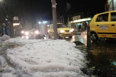Así quedó Bogotá tras fuerte lluvia con granizo
