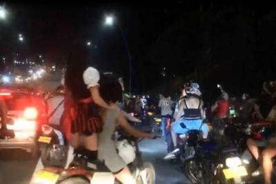 Pese a operativos, caravanas de motociclistas generaron caos en el área