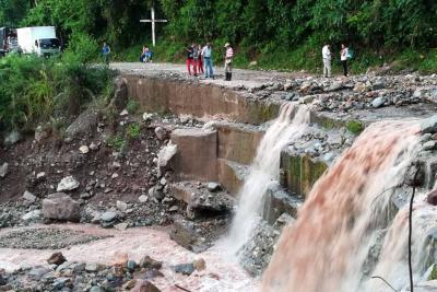 Reportan emergencias en Santander por fuertes lluvias