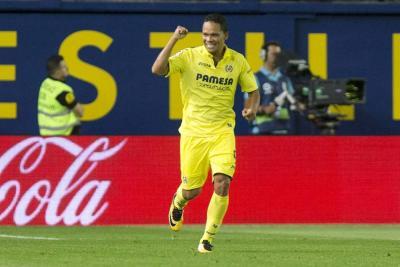 Carlos Bacca anotó en la derrota del Villarreal ante el Alavés