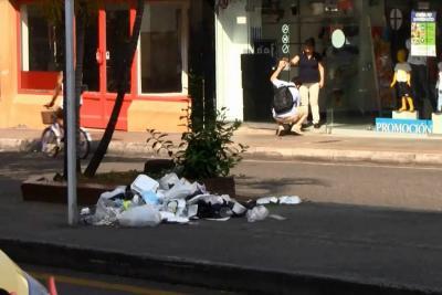 ¿Hay dónde arrojar la basura en las calles del centro de Bucaramanga?