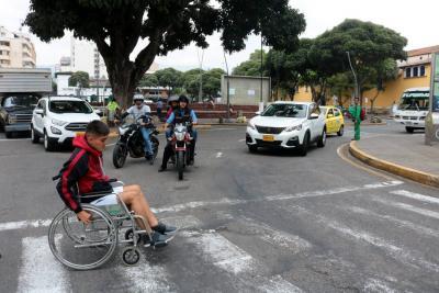 Las barreras que las personas en situación de discapacidad enfrentan en Bucaramanga
