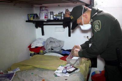 37 celulares y 600 armas blancas incautan en la Cárcel Modelo de Bucaramanga