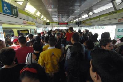 Usuarios de Metrolínea denunciaron demoras en rutas durante el día sin carro en Bucaramanga
