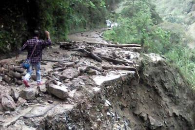 Municipio de Santa Bárbara, Santander, quedó incomunicado tras derrumbe