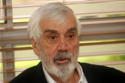 Economista Salomón Kalmanovitz reconoce calidad educativa de Santander