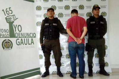 Pidió dinero y relaciones sexuales a cambio de no revelar fotos íntimas en Bucaramanga