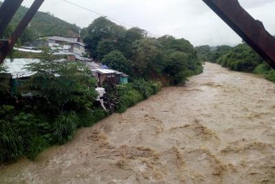 Emergencia en el norte de Bucaramanga, tras crecientes de los ríos Suratá y De Oro