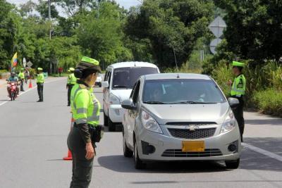 Inmovilizados 107 vehículos en el área metropolitana de Bucaramanga este puente festivo