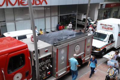Murió al caer por el hueco de un ascensor en Bucaramanga