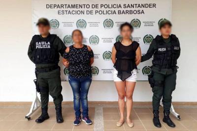 Envían a la cárcel a madre e hija por extorsionar con brujería en Santander