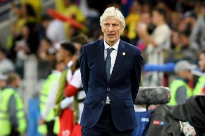 Hinchas argentinos esperanzados en Pékerman como entrenador si descartan a Simeone