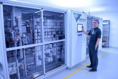 'Pegasus' y 'Calypso', los robots farmacéuticos que operan en Santander