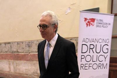 """Expresidente mexicano Zedillo dice que siguió """"política equivocada"""" en drogas"""