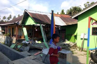 Impactantes videos del tsunami que azotó dos ciudades de Indonesia tras terremoto