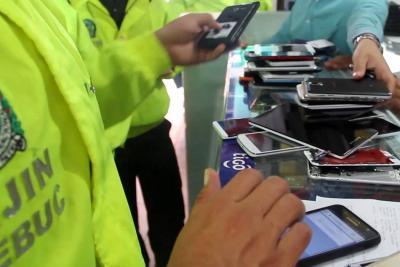 Operativo contra la venta de celulares robados en Bucaramanga recuperó 180 equipos