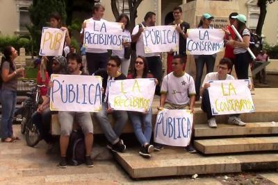 ¿Cómo afecta el déficit de $30 mil millones a la educación superior pública en Santander?