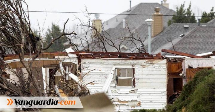 Tornados dejan una docena de muertos en EEUU