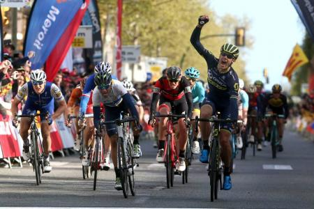 El sudafricano Daryl Impey (Orica-Scotts) ganó la sexta etapa de la Vuelta a Cataluña, en la que el español Alejandro Valverde del Movistar llegó segundo y mantiene el liderato.