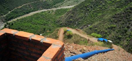Se bombeará agua desde el río Chicamocha para subirla a 1.300 metros, y abastecer el casco urbano de Los Santos.