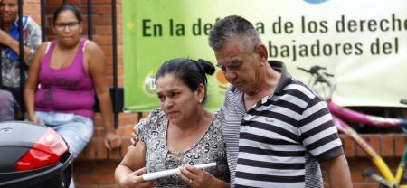 Los padres de Yani Alonso Cárdenas Villareal, de 22 años, se trasladaron desde Villa del Rosario a la morgue de Medicina Legal, seccional Bucaramanga, para reclamar los restos de su hijo.