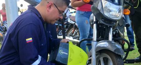 Entre las acciones implementadas por las autoridades para bajarle el accionar al hampa está la marcación de motos, que realiza la Policía de manera gratuita. Asimismo, la prohibición de parrillero mayor de 13 años ha sido otro de los mecanismos adoptados este mes.