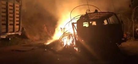 Seis camiones fueron incinerados en el Norte de Antioquia por hombres armados